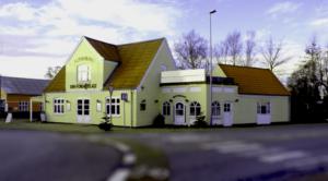 Restaurant, Den fornøjelige, mad ud af huset, selskaber